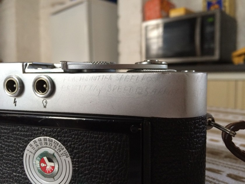 leica m2 rear top plate view review