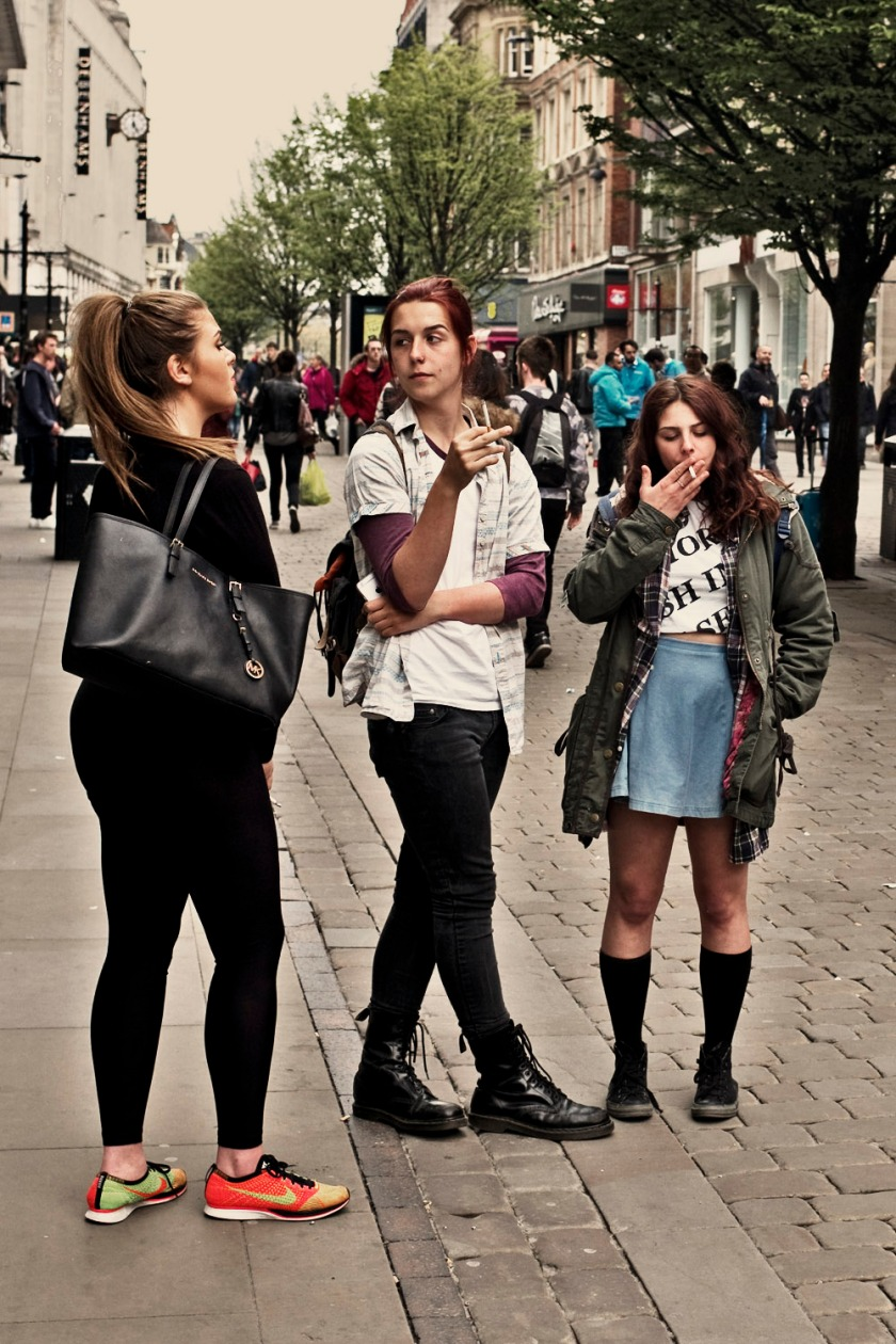 Girls Smoking Manchester M Edition 60
